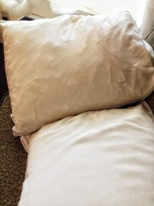 Advantages of Using Pillow While